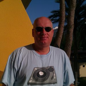 Clive Phillips - Soul Fusion Pt 2  (Sun 1st May 2016)