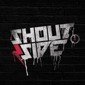 Los chicos de Shoutside en M.C