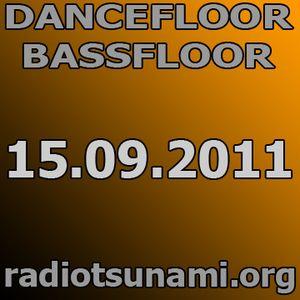 dancefloor bassfloor 15.09.2011 www.radiotsunami.org gae fnkbstrd aka dasupadeepa