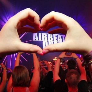 15.07.16  Warm Up Airbeat One 2016  Mixed By Bercall