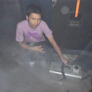 DJ AKIHIRO