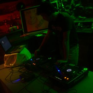 dj marcop(Nit De Club15,Frequència189 4-5 Maig 2012)