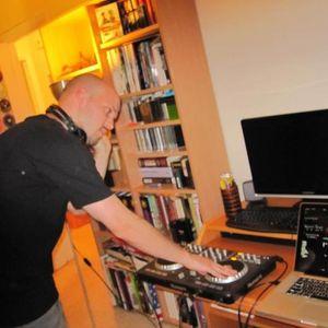 Party Non Stop Mix by Dj Anton Revenkov