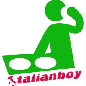 Full Vibe - Italianboy July 2012