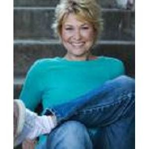 E.T. famed Star and renowned author Dee Wallace