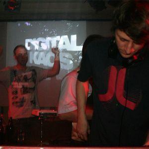 Digital Kaos feat. Sunrise Live @ 1 Jahr Kosmonautentanz, Club Sputnik 2.0, Bhf-Dresden-Neustadt