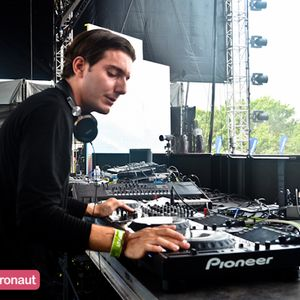 Alesso_Live_lectric Daisy Carnival(New York)19-05-2012