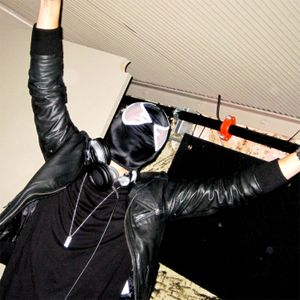 CLAKSAARB - Halloween Live 2010
