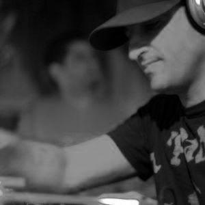Magilian ClubeX::RadioShow on ALVOR FM 90.1 09.06.2011