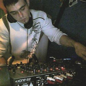 DJ Candy_XL vs. DJ H8