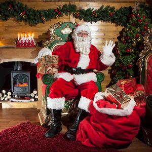 Bd & Mee's Christmas Grotto Week 3 - featuring Daniel Sloss