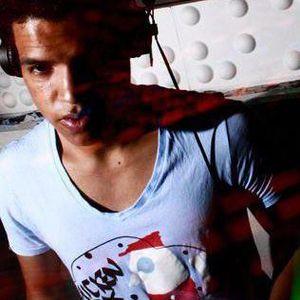 Luken @ la X 103. 9 fm ... a Soul thing Promo Mix 2012
