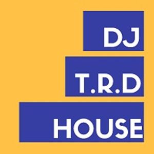 Dj t r d feel good house music radio show 003 by dj t r for House music radio