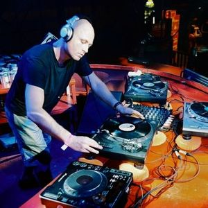 Adam Beyer @ Electronica Festival - Istanbul - 05.06.2004