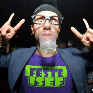 Samuel W December 2012 DJ Set