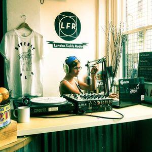LONDON FIELDS RADIO x dj yomomma LIVE  x  REBORN SHOW