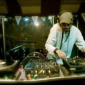 DJ Leiley Live Set@ Holiday Lodge 08.01.11