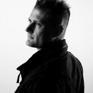 Dan Ascherl presents A Global Trancemission 035
