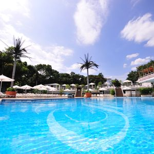 night time pool @ hotel new otani tokyo _ 04aug2012