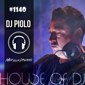 1140 DJ Piolo - Father ... help your childrens.