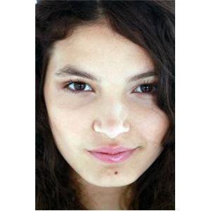 Urban Teen Magazine's Celebrity Interview with Kiana Rivera!