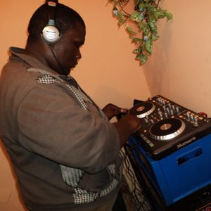 DJ Charlo - Techno & House Mixdown