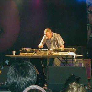 20 01 2001 - Fatoy Slim Live @ Sputnik Intensivstation, Germany