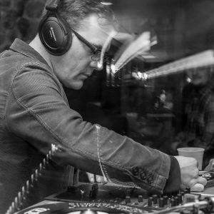 Dan Austin: Rare and funky dance floor detonators - all original vinyl 45 mix