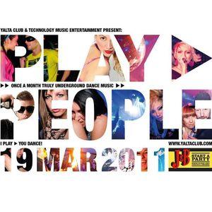 Niko Valt live @ Play People At Yalta Club 19 - MAR - 2011