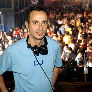 HOUSE IN FLAIX Presents DJ MAFER