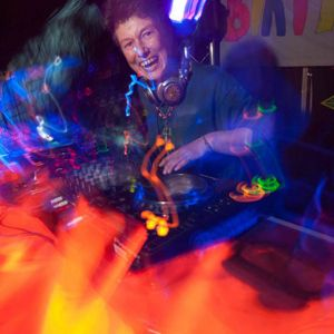 Lorraine (Psilocybe Tribe / Sunrise) chugging progressive psy mix July 2012