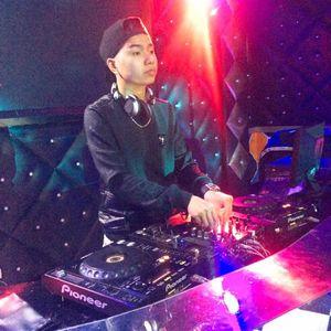NGÁO ĐÉT ^_^ DJ TRIỆU MUZIK MIXX - Liên hệ đặt nhạc đi bay 0337273111.mp3 (133.4MB)