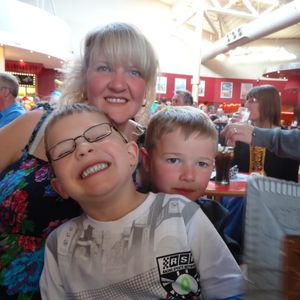 OUT to lunch show on WFM 97.2, 5th June 2013, with me amanda G. Oldham, and special little guests :)