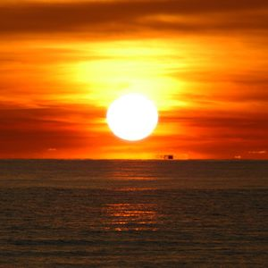 LightsOut- The Beach dnb mix September 2005