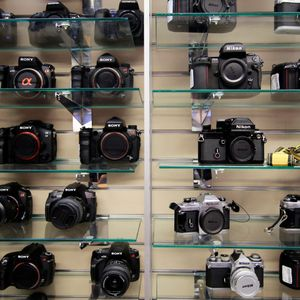 Episode 4 - Cult Cameras and Why You Can't Find a Used Hasselblad: The Used Camera Market