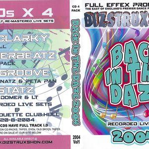 DIZSTRUXSHON V R-HOUSE 28.8.04  DJ TOPGROOVE MC NATZ & PETAPAN
