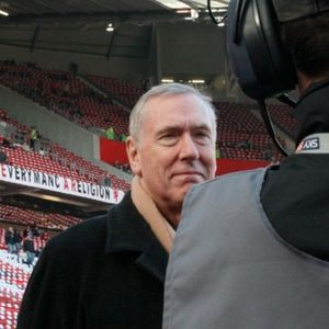 Interview with Commentator Martin Tyler