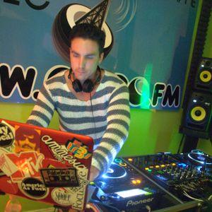Unomas(Miami) - LIVE on Coco.fm Rhythm Freak Show 10.26.2012