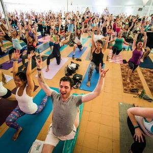 Live from WLVT // Rocket Vinyasa with Mimi Rieger