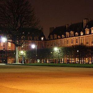 Un Soir Place des Vosges