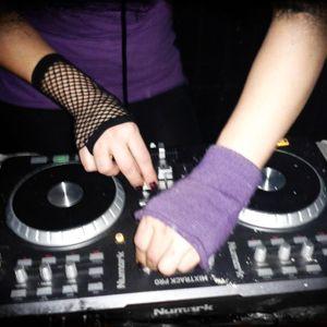 Lilonee - Tech House Mix 4 Planet X Show (31-10-2012)