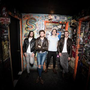 The RealMusikRadio Show 29 April 2015