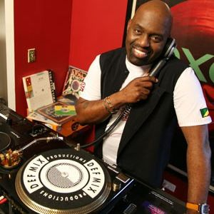 Frankie Knuckles - Thanksgiving Night Party, Chicago 11-22-2001