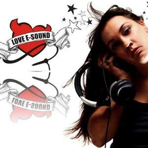 samambaia soundsystem radio show com DJ Raphaela Leoni 10-04-11