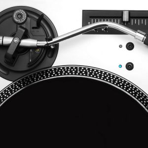 mi dj set para la radiohost sonic.fm del 2012!!! puro tech house!!!! enjoy it!!!!