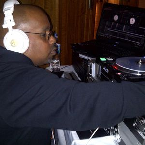 DJ SHAWN MADNESS: Tru House Radio @ UGHTV Sat, 09 Aug 2014