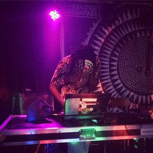 WorldMusicFusion with DJ Zanj Rracc on Zanj Radio (Dec.12.2015)