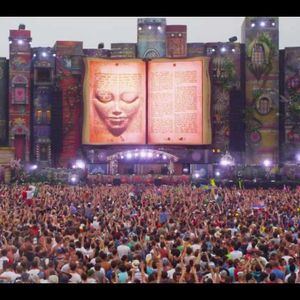 """Tomorrowland 2012"" mixed by Leave it to Bever"