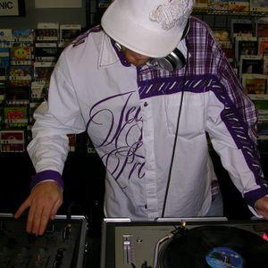 D.T.L ContrAversY Feb 10 2009 Live DnB Mix