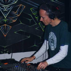 Guest DJ set compiled for Artelized Visions (Progressive Psy
